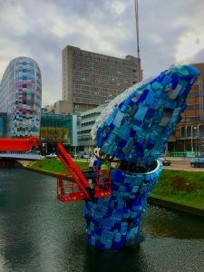 plastic walvis Utrecht - in opbouw